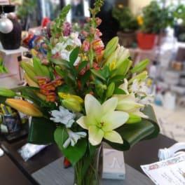 Congrats Flowers Delivery Fredericksburg Eufloria Florist