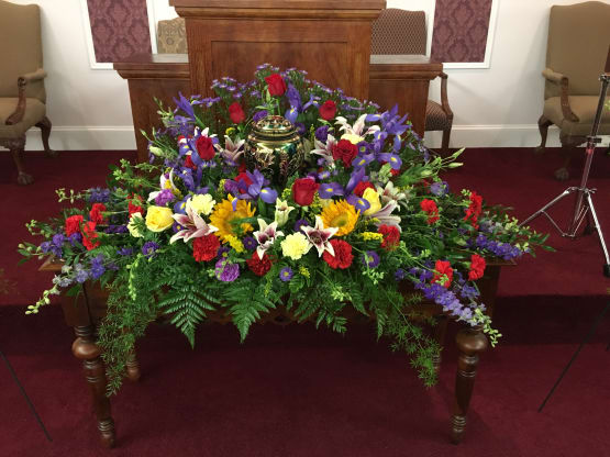 Flowers For A Funeral Service Blog Flowers By Rose