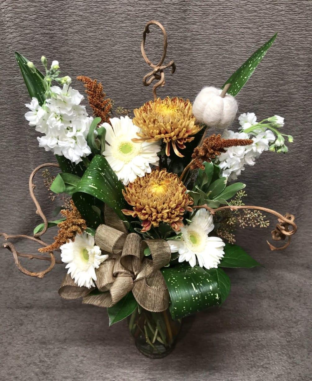 Neutral Autumn Bouquet By Flower Fiesta