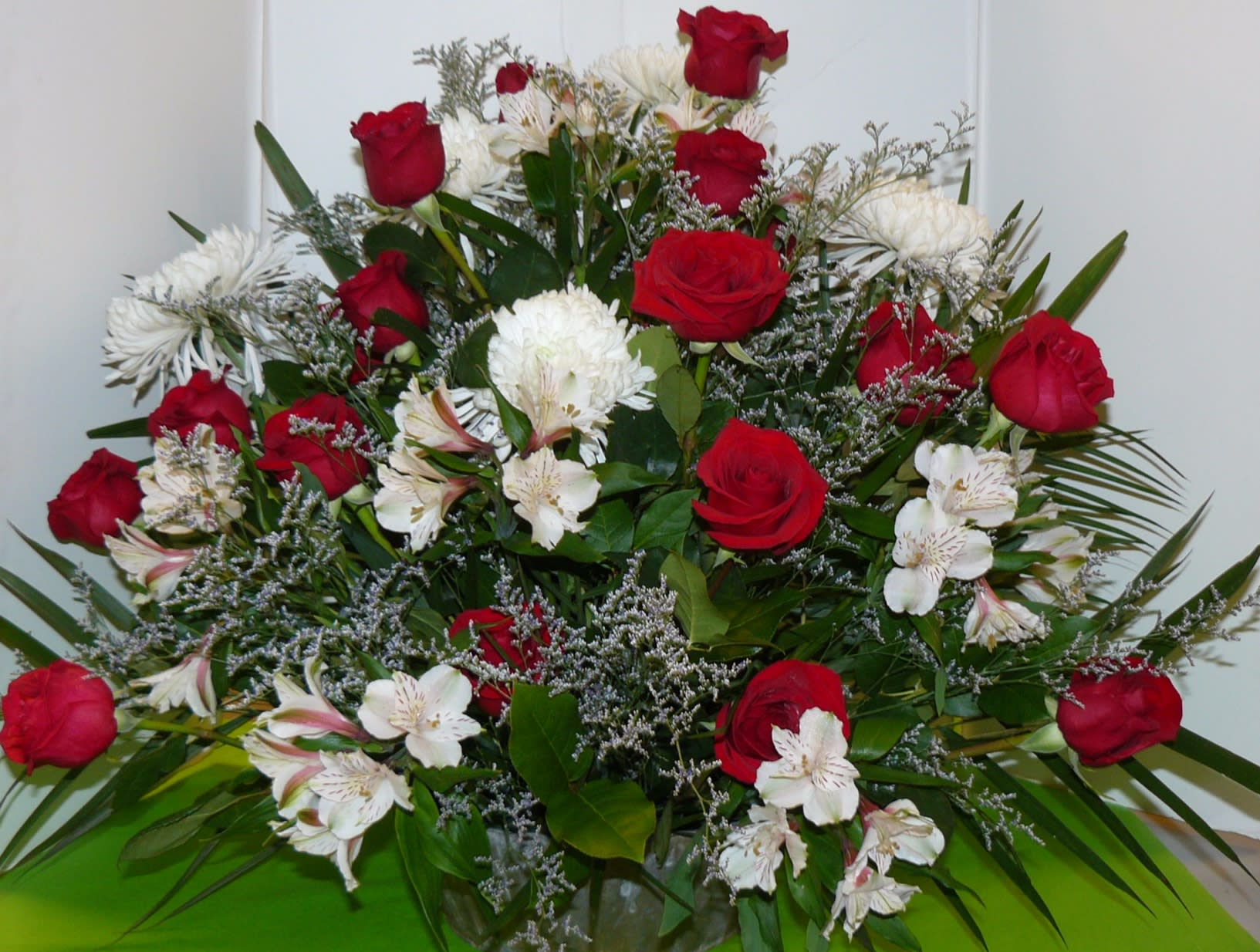 Red White Flower Arrangement In Bedminster Nj Blooms At The