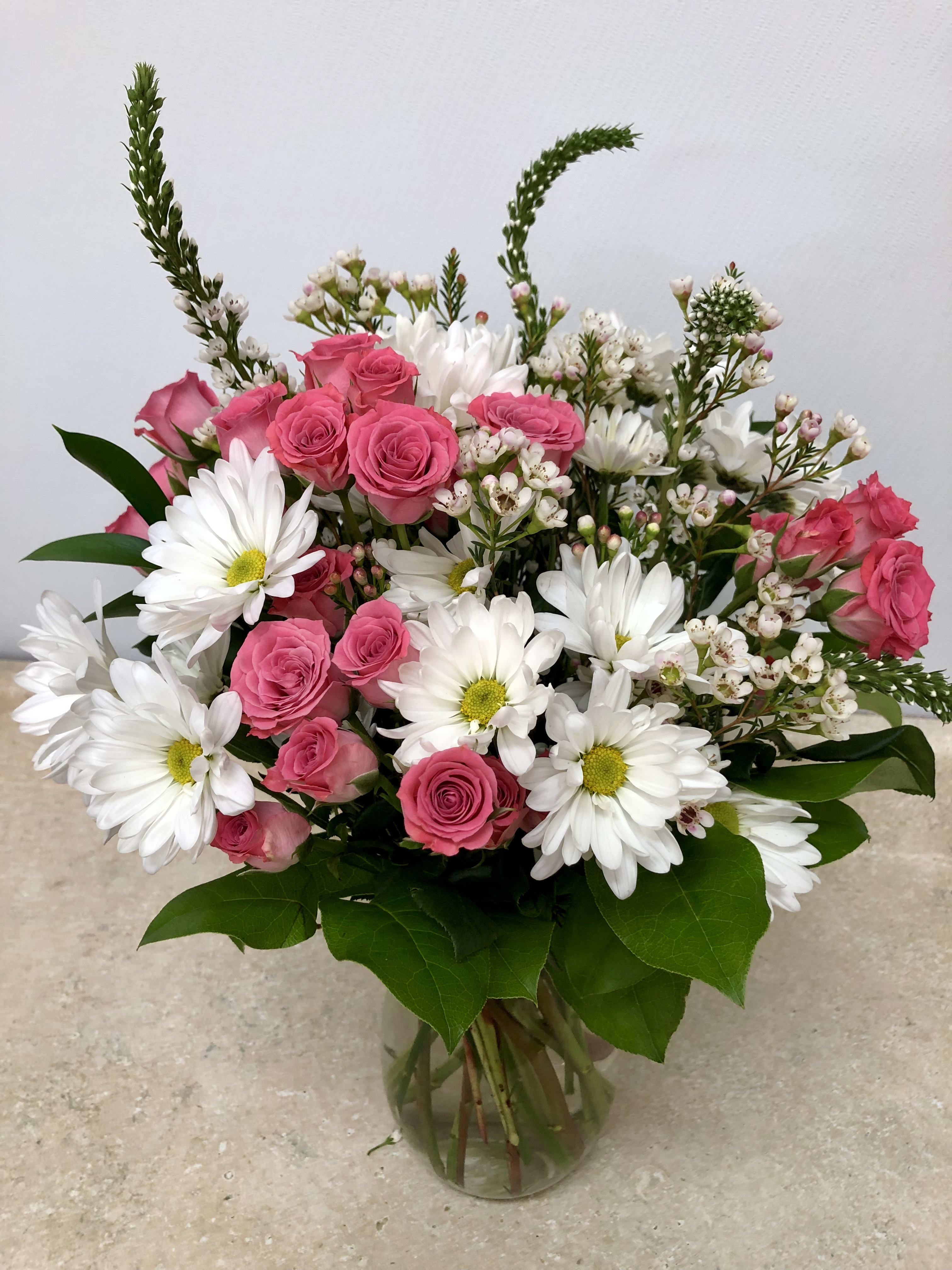 White Daisies And Spray Rose Surprise In Wildwood Nj Marie S
