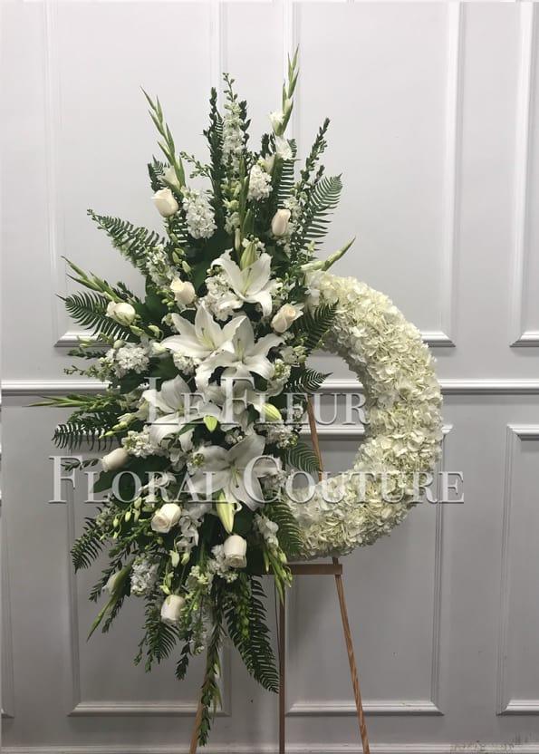 White Sympathy Unique Wreath In Los Angeles Ca Calvary Flower Shop