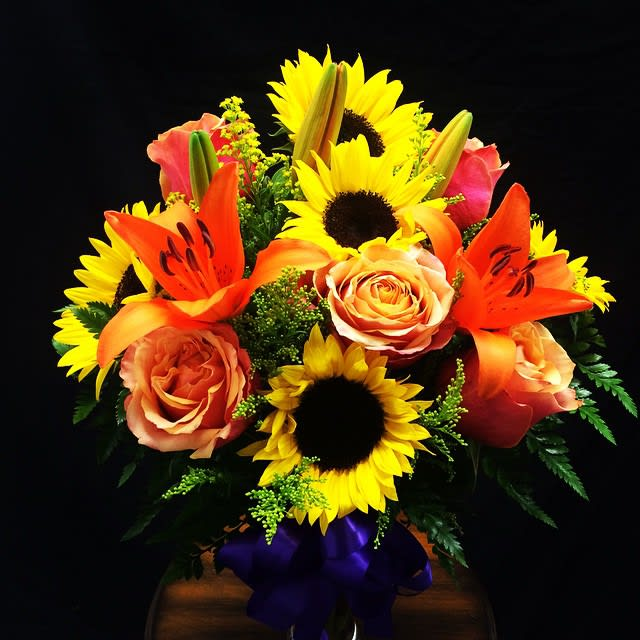 Bouquet Of Fall Flowers In Moreno Valley Ca Garden Of Roses