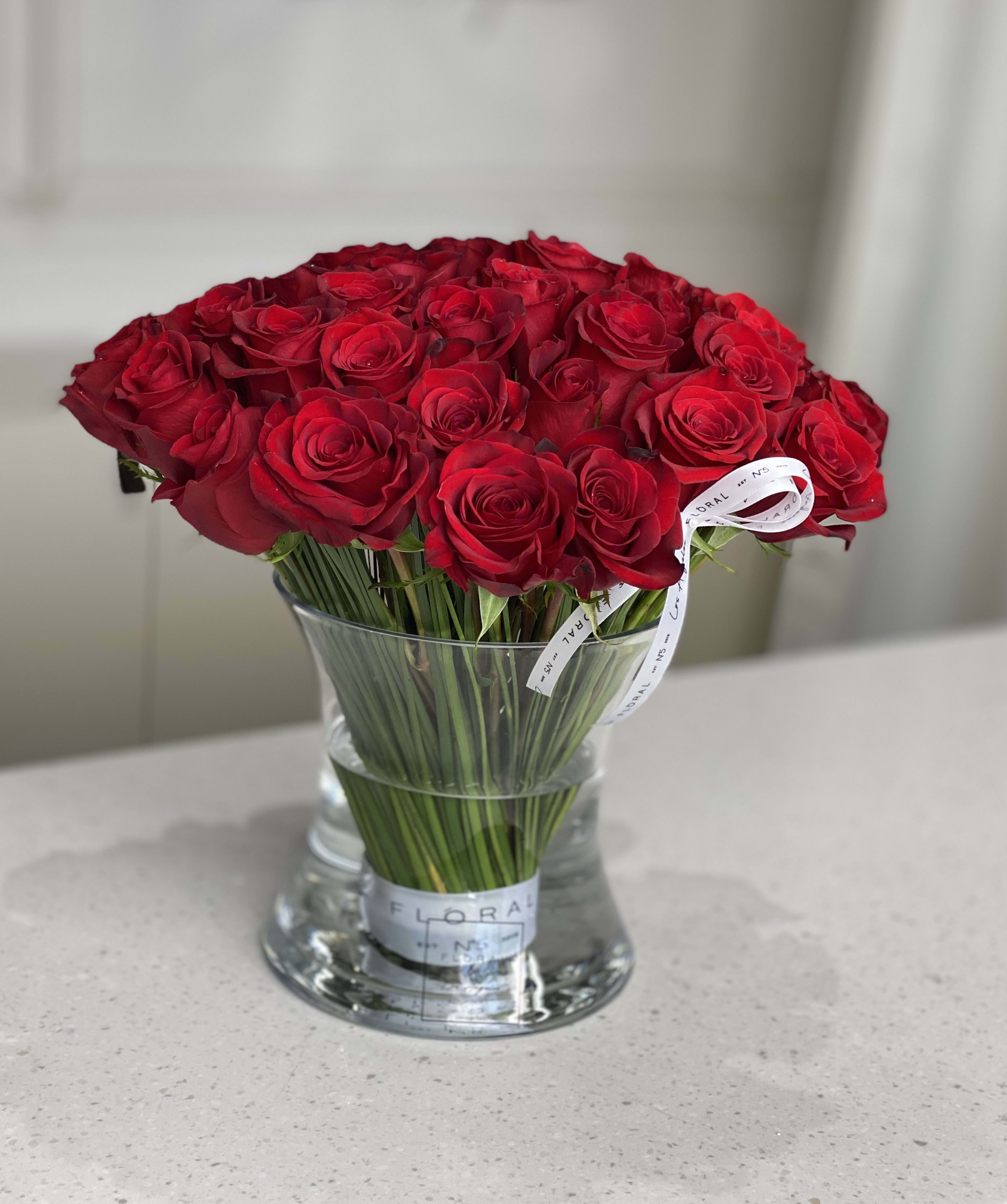 No 18 50 Classic Red Roses In A Glass Vase In Studio City Ca Floral 5