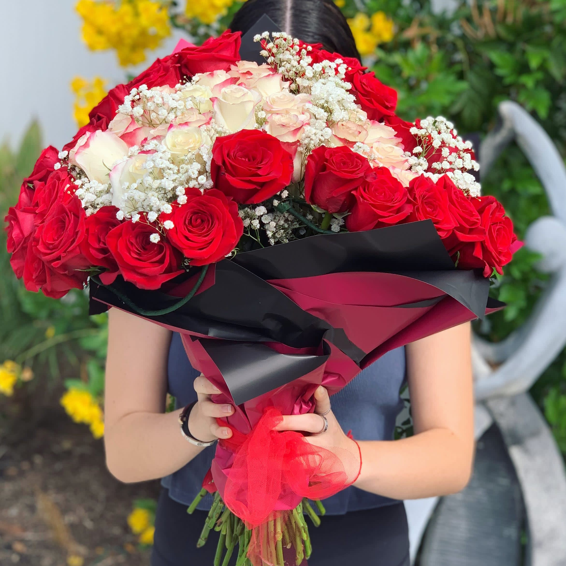 Hand Tied Red White Bouquet In Tarzana Ca Petal Garden Florist