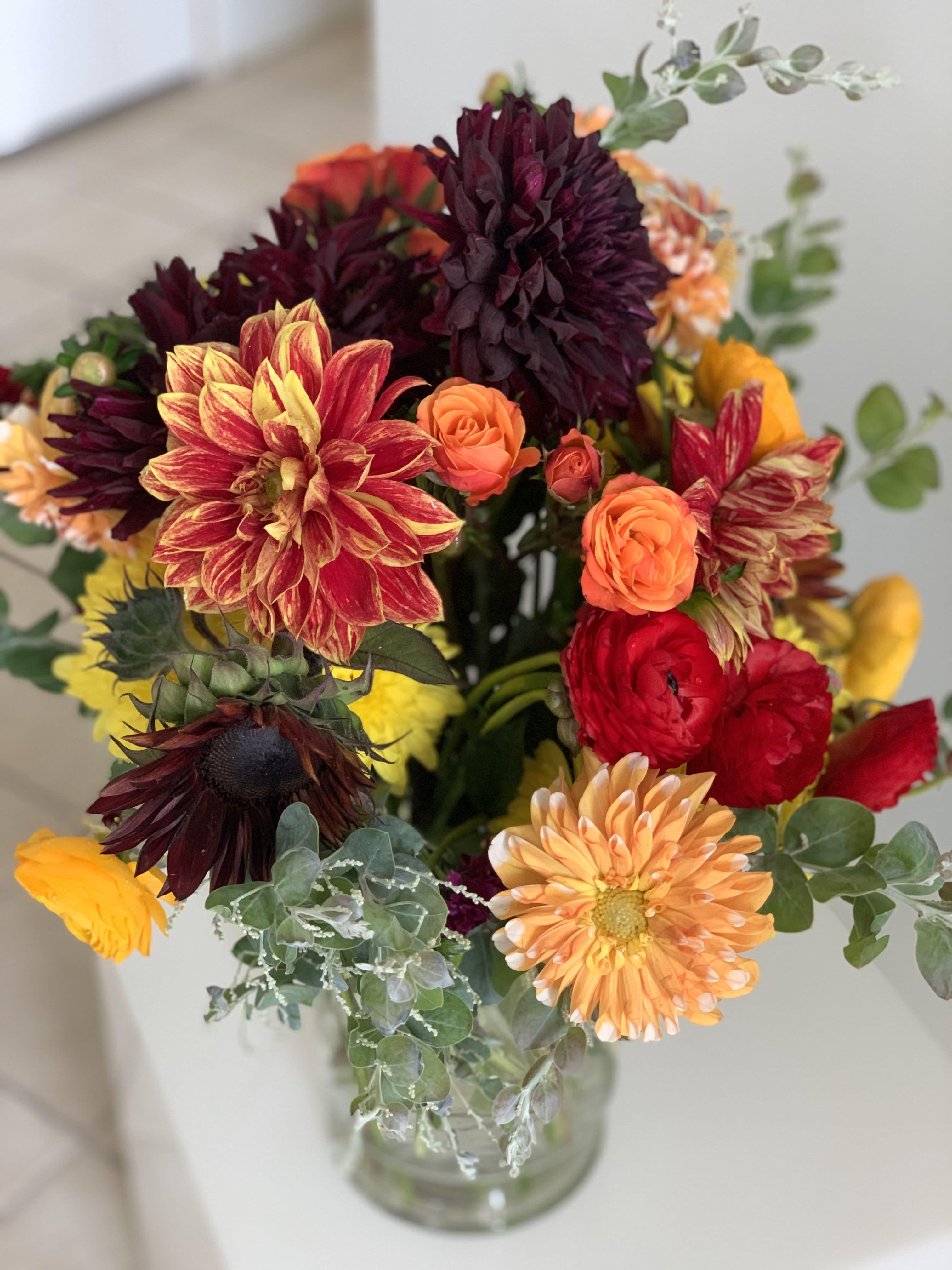 Dahlia Autumn Bouquet In Ramona Ca I Am Clover