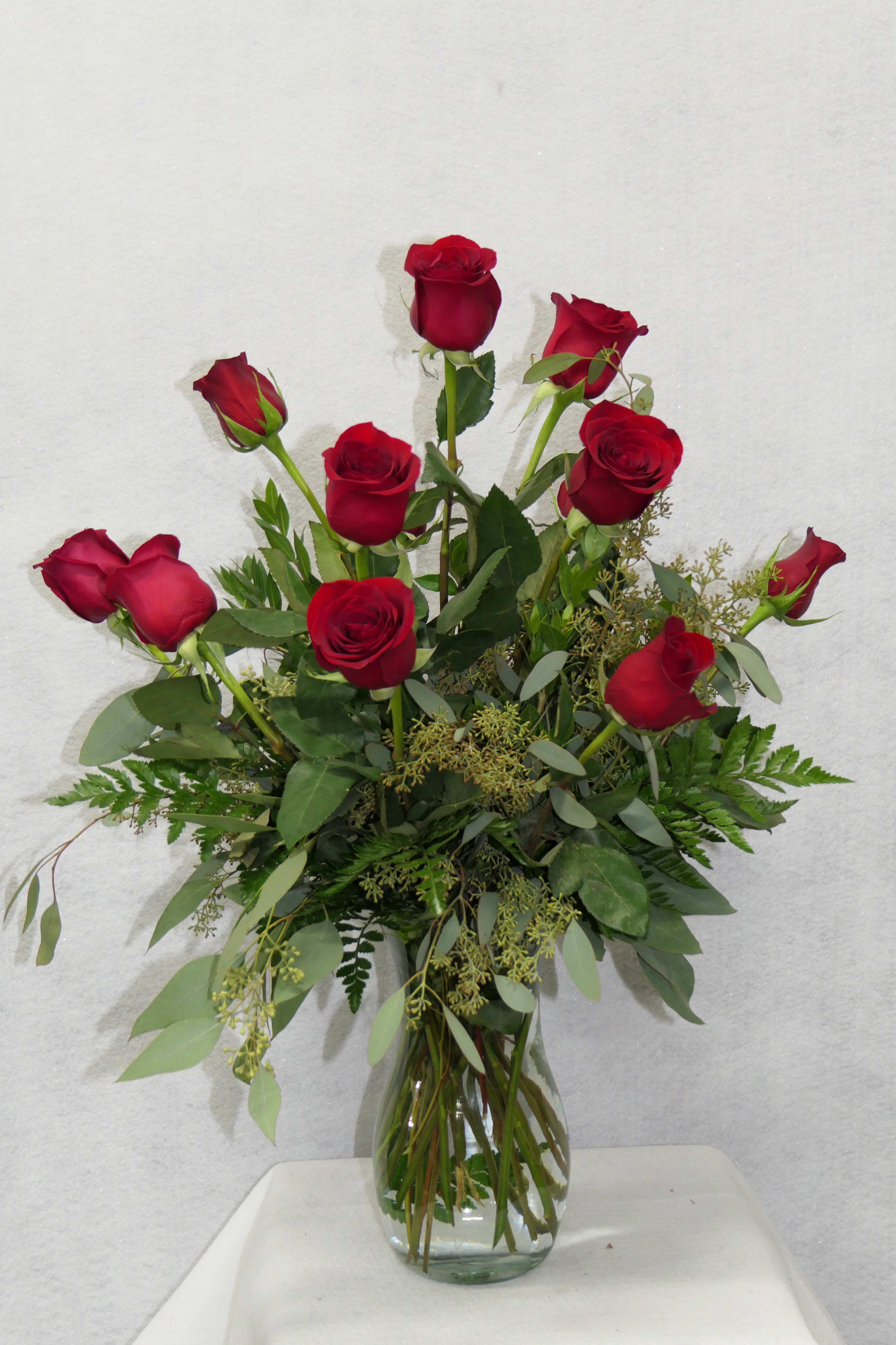 One Dozen Red Rose Bouquet By D L Roses