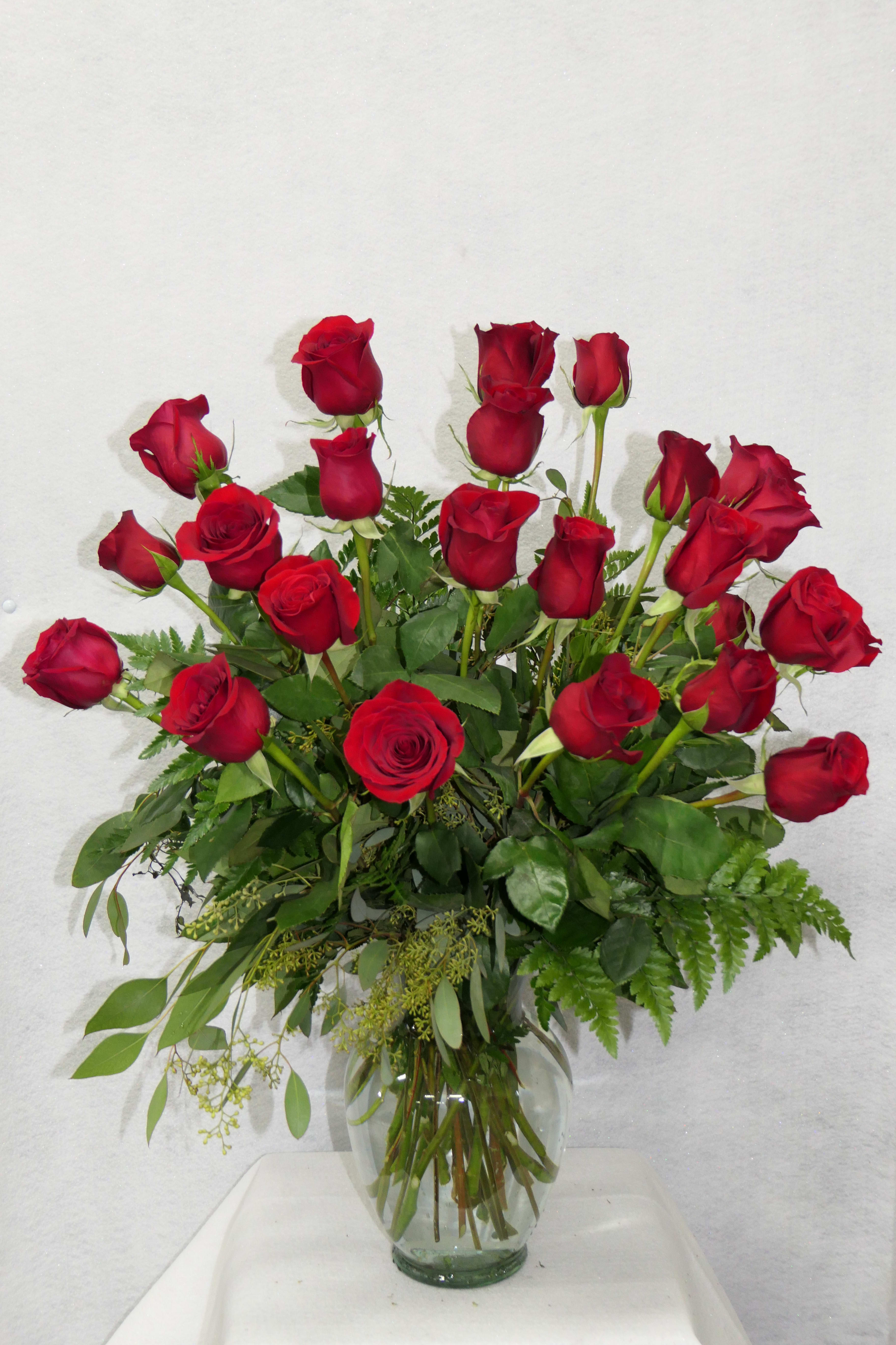 Two Dozen Red Rose Bouquet In Fresno Ca D L Roses