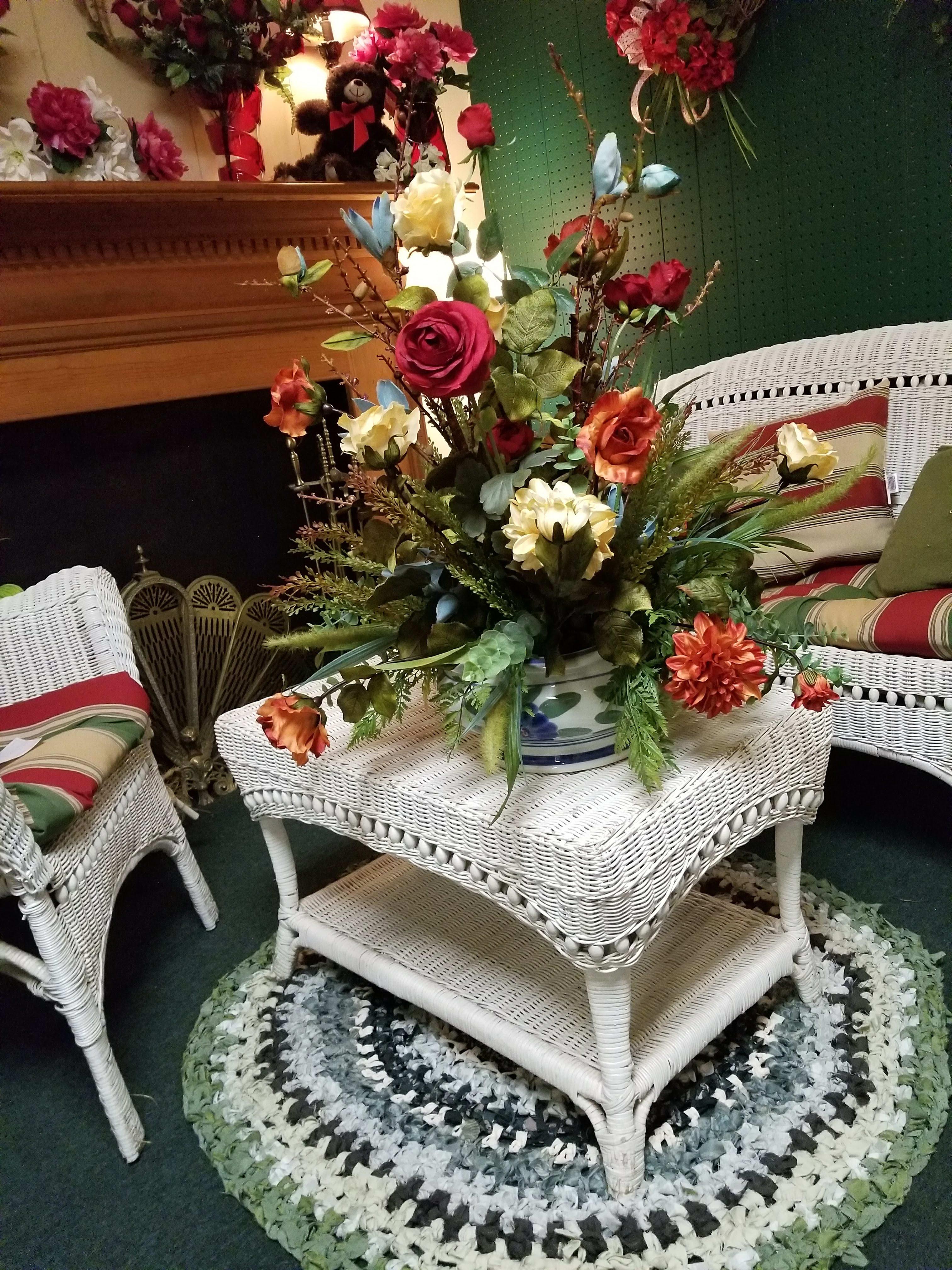 Silk Flowers Centerpiece In Aiken Sc Ivy Cottage Flowers Gifts