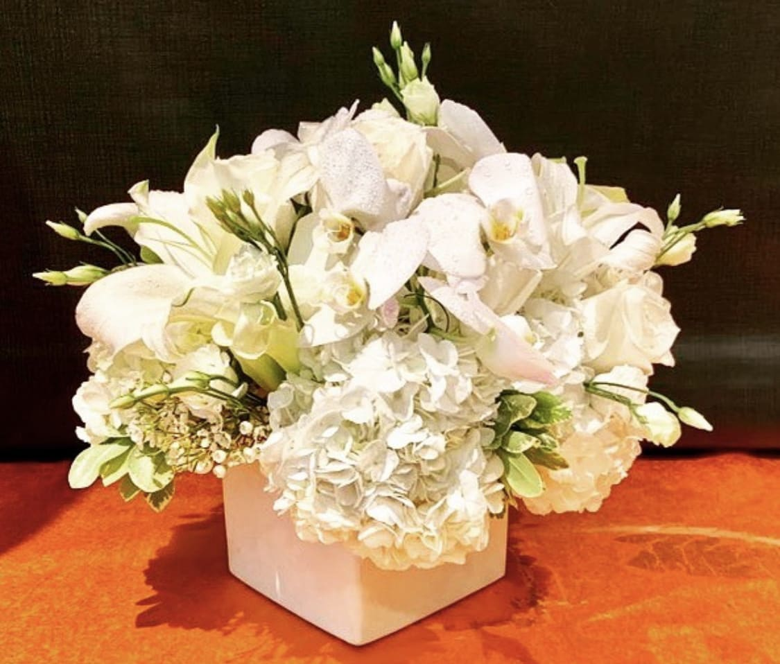 Custom Arrangement Of White Hydrangea White Calla Lilies Casablanca Lilies White Roses By Richard Salome Flowers Inc