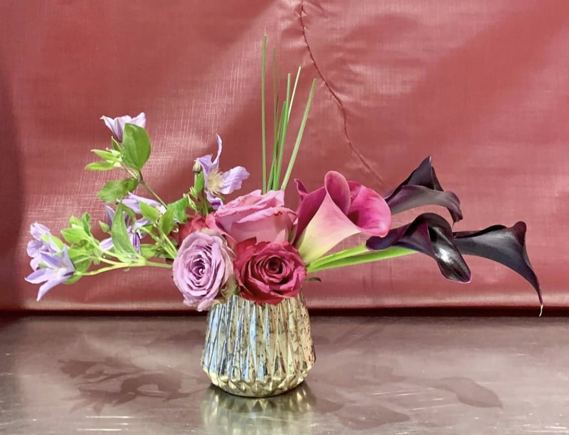 Custom Arrangement Of Roses Calla Lilies Grass In Mirrored Glass Vase In New York Ny Richard Salome Flowers Inc