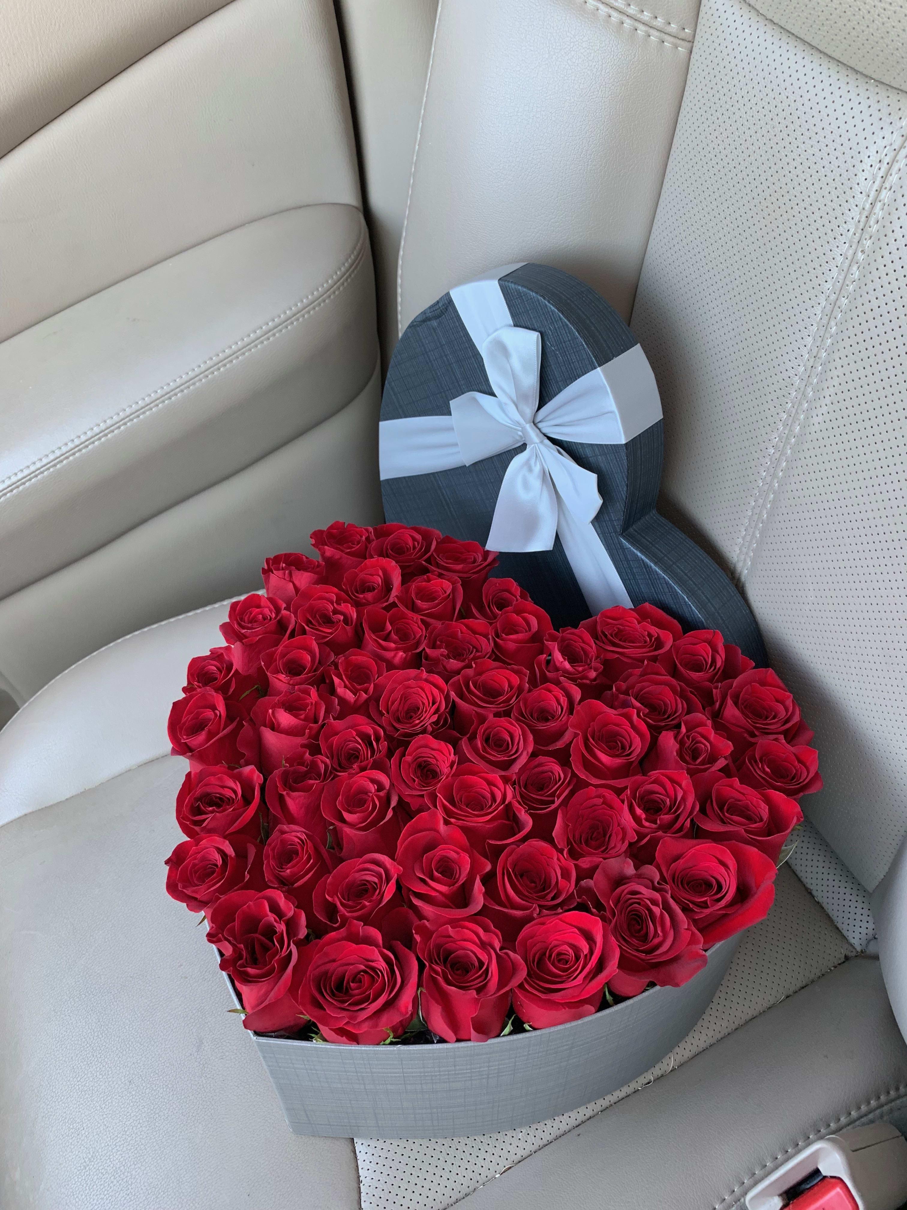 50 Red Roses Arrangement In Heart Box In Miami Fl Luxury Flowers Miami