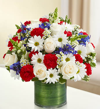 Cherished Memories Red White And Blue In Sacramento Ca Bouquet Of Elegance Floral Shop