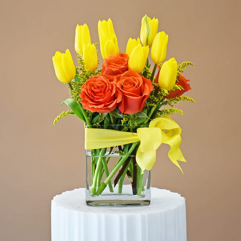 Tulips Roses Together W620 In San Francisco Ca Fillmore Florist San Francisco