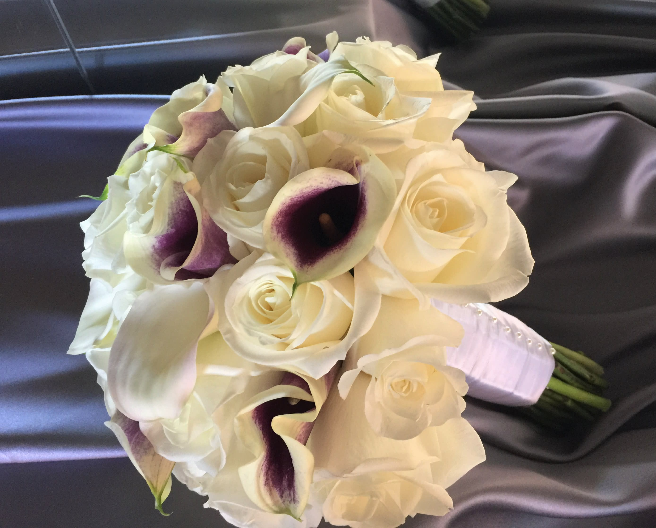Mini Calla Lilies Bridal Bouquet By Rosy Flowers Event Design