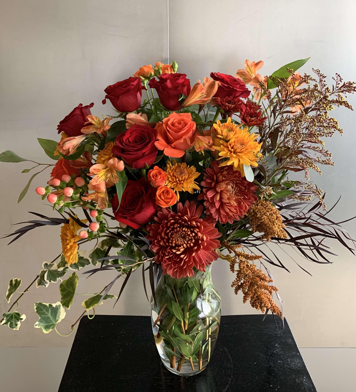 Fall Color Bouquet By Elegant Flower Studio