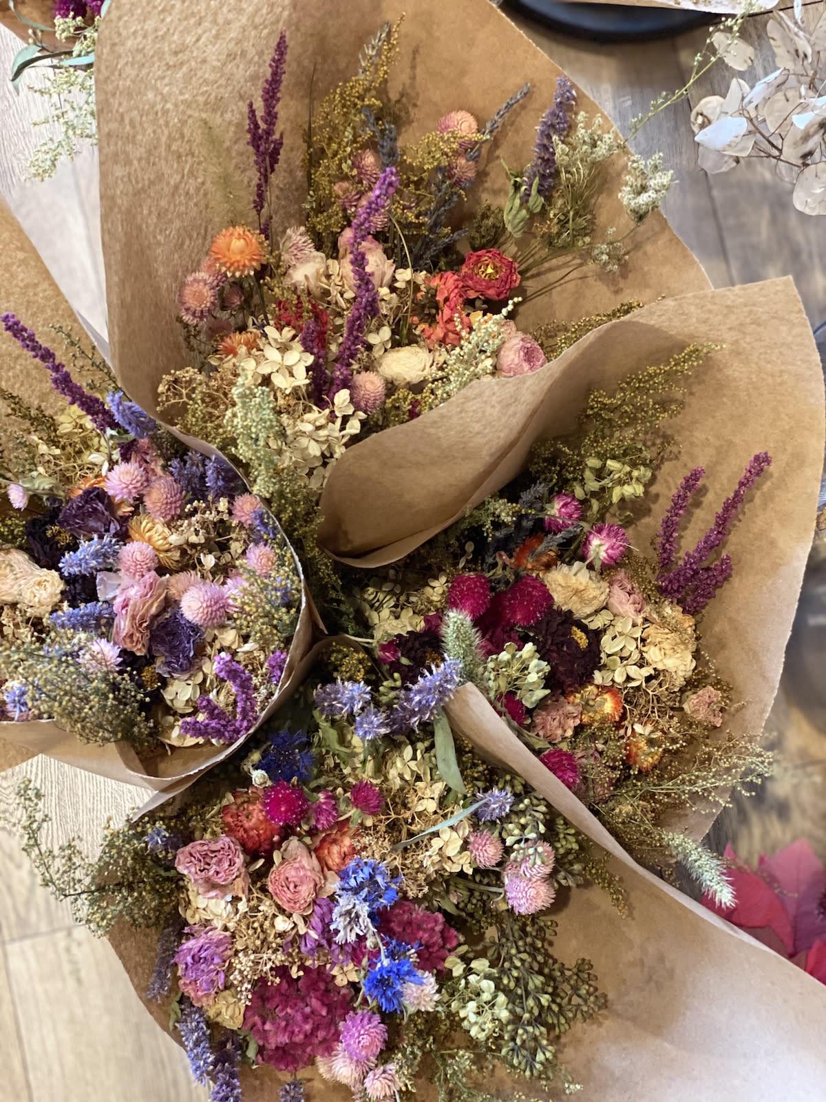 Nj Grown Dried Flower Bouquet In Morristown Nj Colly Flowers