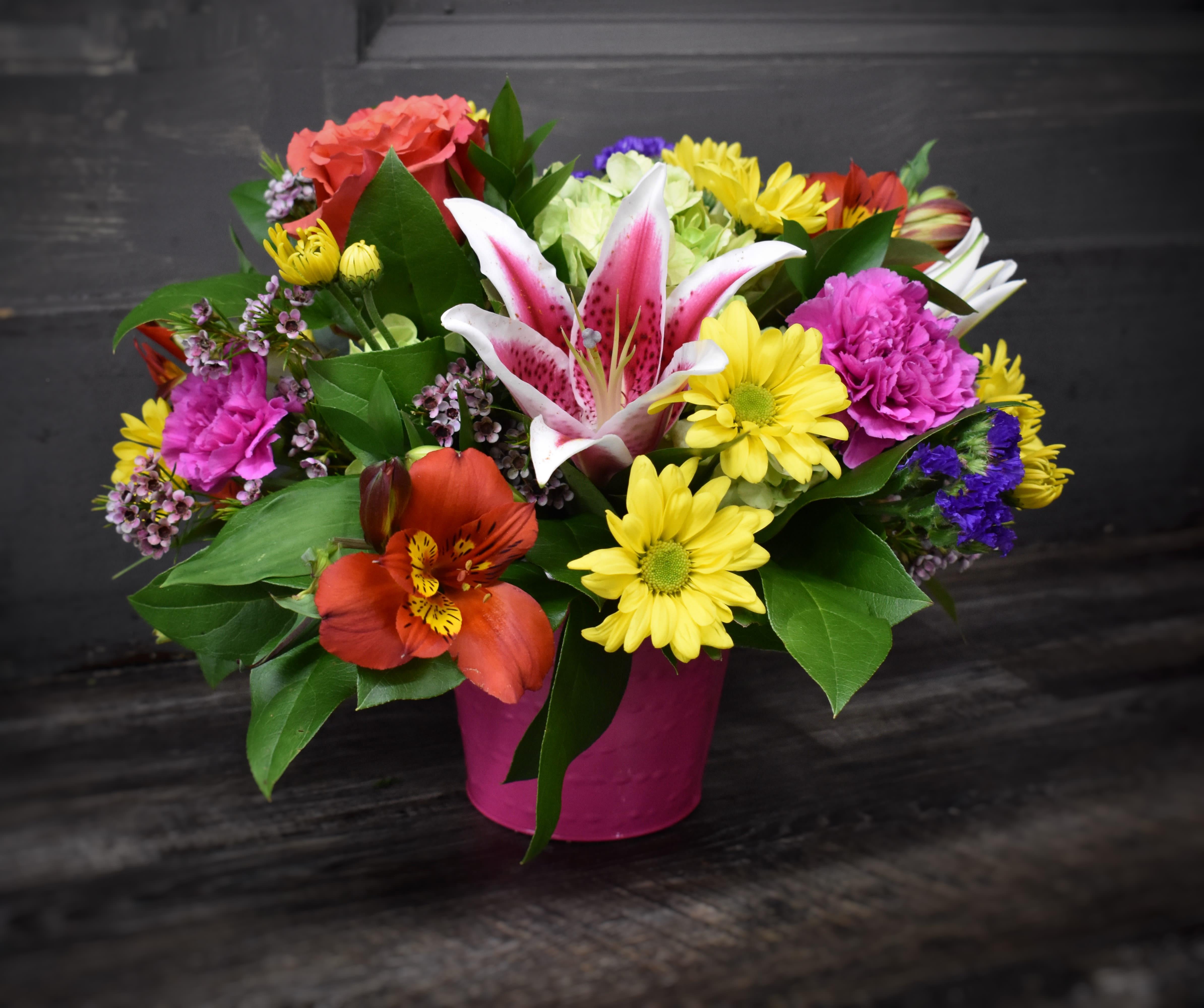 Bucket Of Brightness In Saint Cloud Mn St Cloud Floral