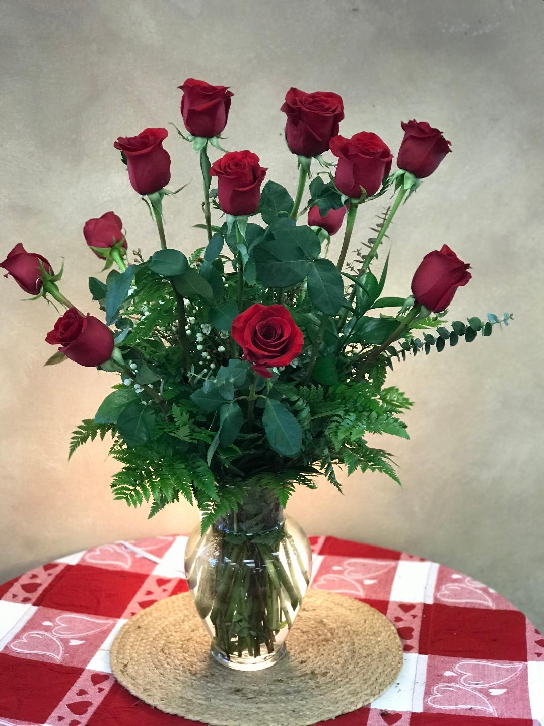 Traditional Dozen Red Roses In Simi Valley Ca Michael S Flowers