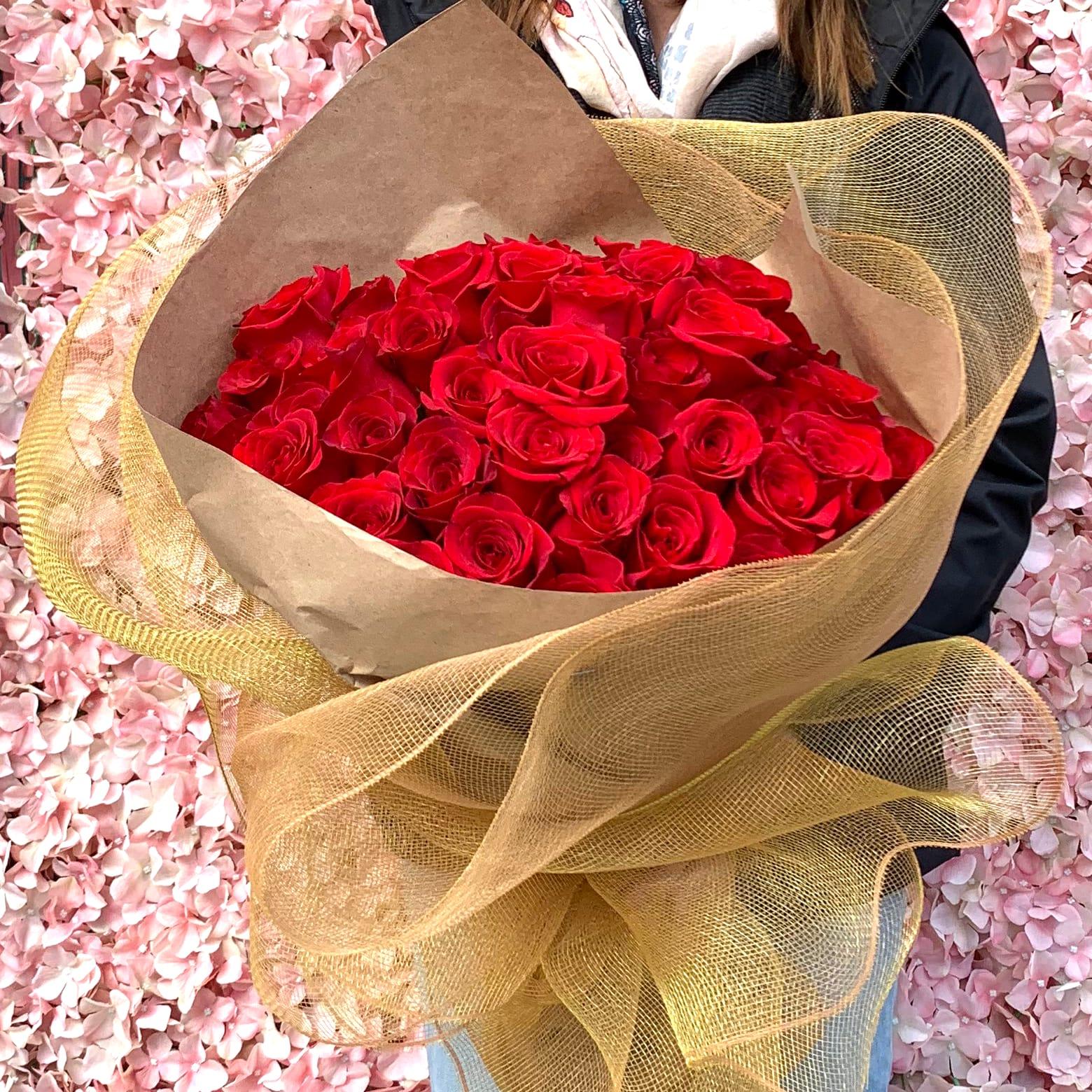 50 Ecuadorian Rose Bouquet In Los Angeles Ca Wowsome Blossom