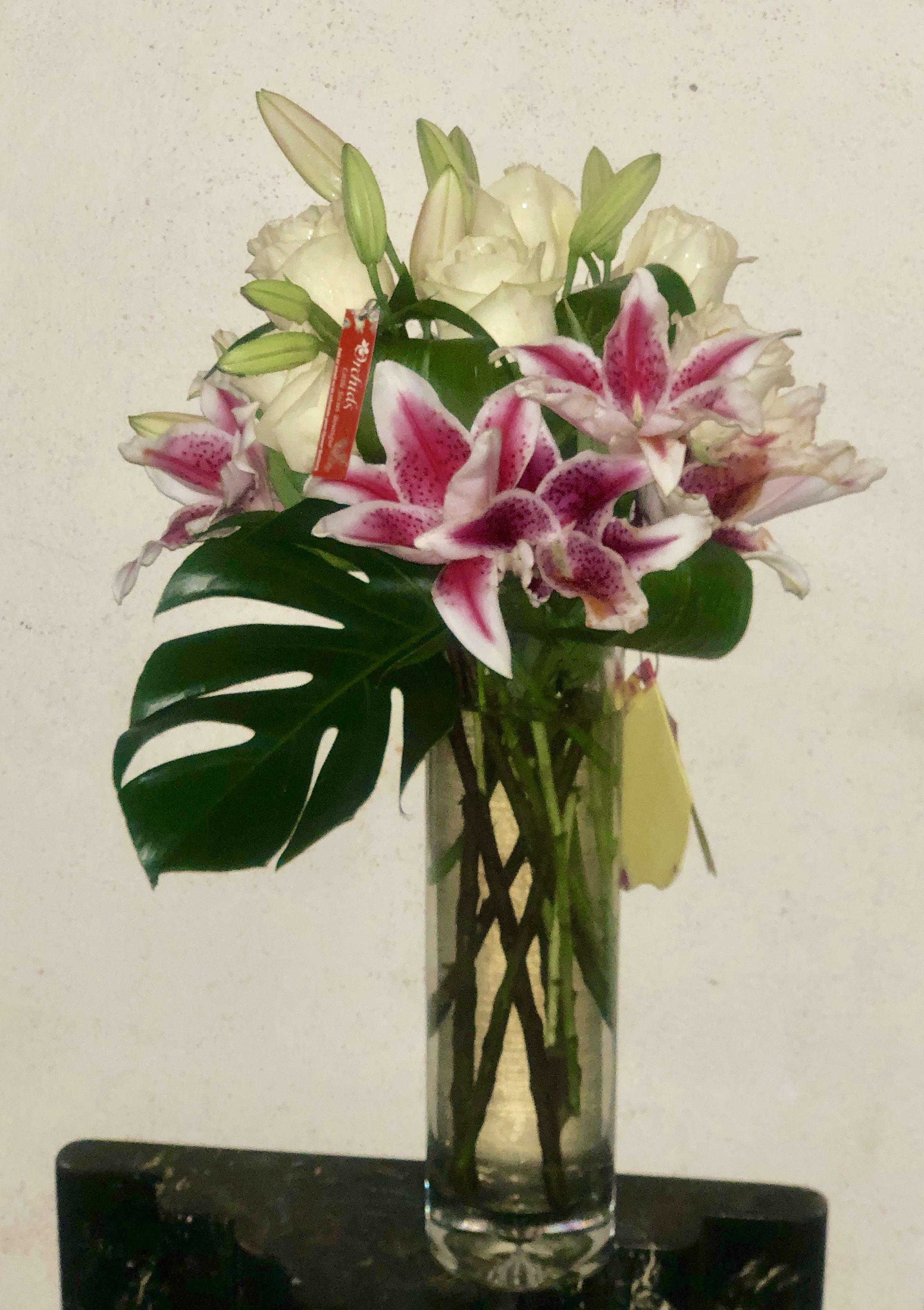 Glamour Girlz /Él/égant Orchid/ée Lily Fleur 5/cm Strass Broche Violet et Bleu Marine